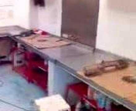 Instalacion de meson parte 1 youtube for Altura de meson de cocina