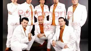 Alacranes Musical - Por Amarte Asi Con Letra