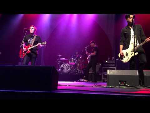 The Gaslight Anthem - Boxer LIVE @ Paramount Theater: Huntington, NY 7/21/15