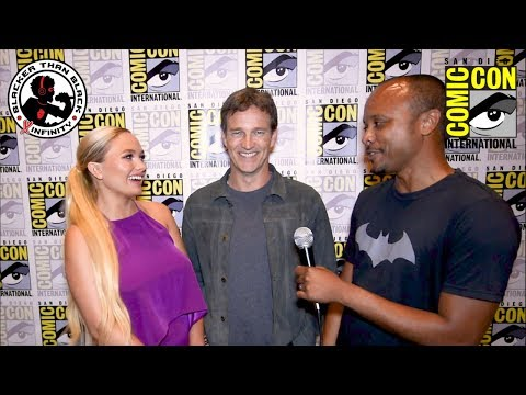 SDCC SClass  with Natalie Alyn Lind and Stephen Moyer from The Gifted
