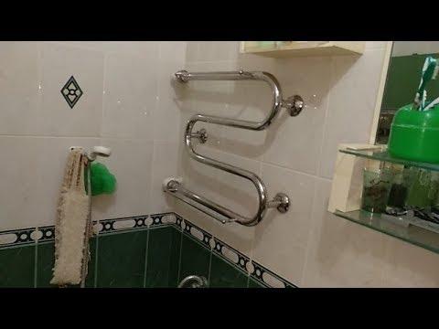 Полотенцесушитель над ванной...!?!? ))) Думаю это перебор.