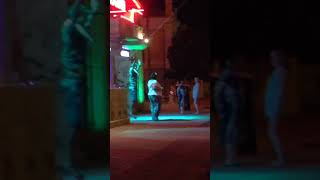 Дикие танцы возле ночного клуба Аркадия (Феодосия, Крым)