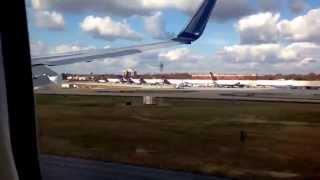 Delta 737-932ER landing in Hartsfield-Jackson Atlanta international Airport