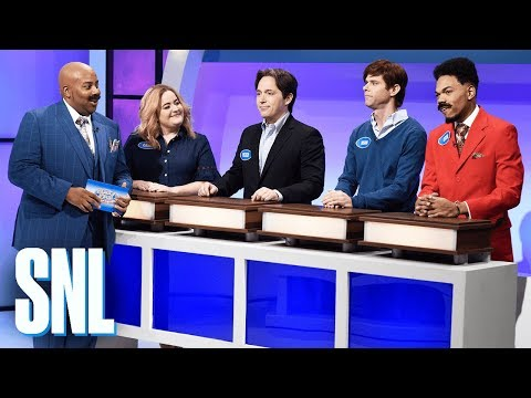 Thumbnail: Family Feud: Harvey Family Thanksgiving - SNL