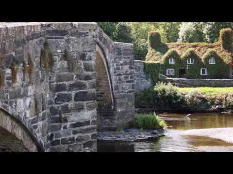 A walk around historic Llanrwst in North Wales