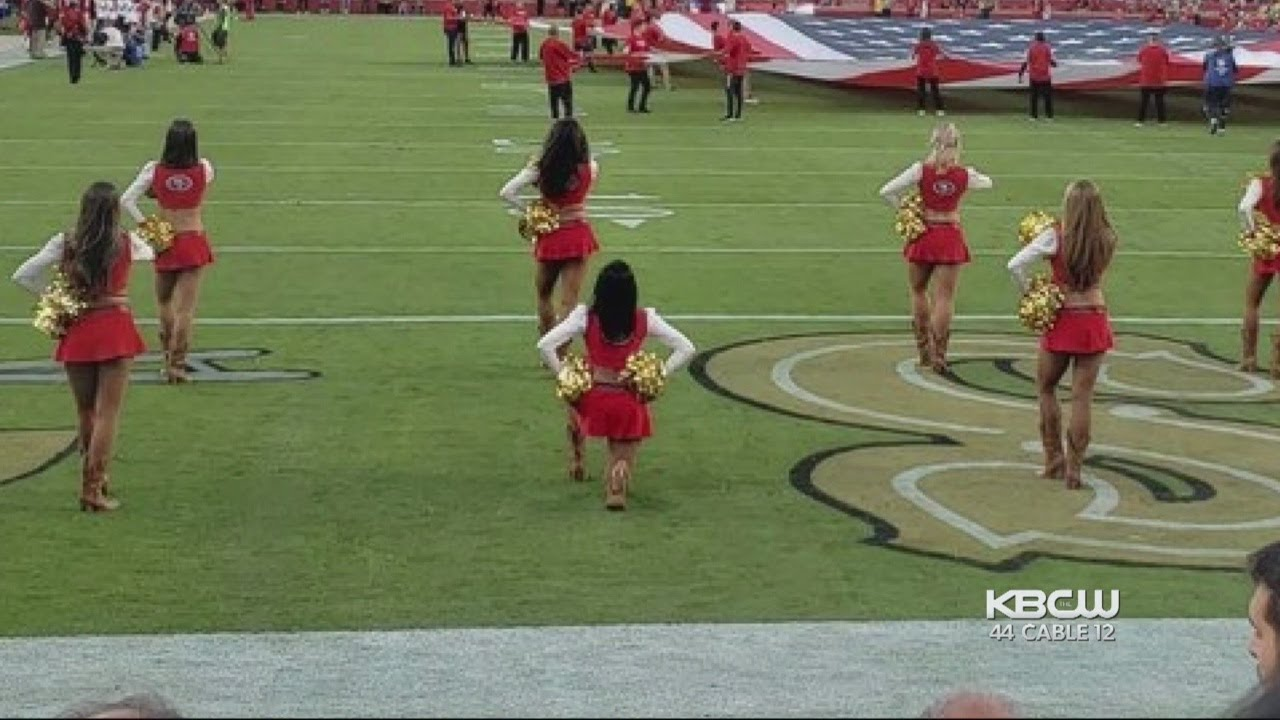 49ers Cheerleader Takes a Knee During Anthem at Battle of the Bay ... 080a13559