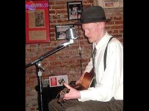 """""""Somebody Tell Me, What Makes This Jug Band Drink?"""" on Frenchmen Street with St. Louis Slim"""