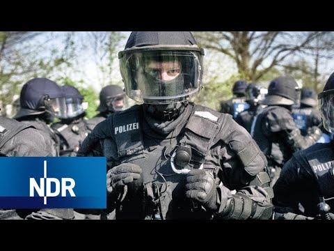 Alltag bei der Polizei: Von Demos, Hooligans und Beschimpfungen | 7 Tage | NDR Doku