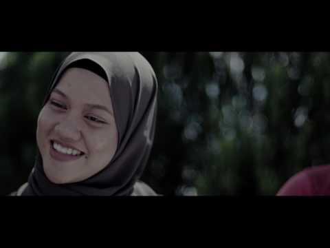 Seniman Jatuh Hati by Seniman Jalanan (MTV COVER)