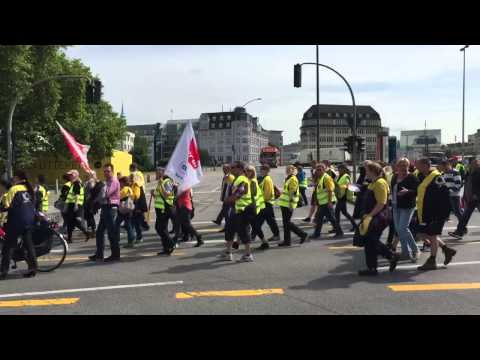 Post streikt - Demo in Hamburg 25.06.15
