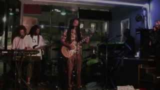 One Love Reggae Band Reggae Me Crazy
