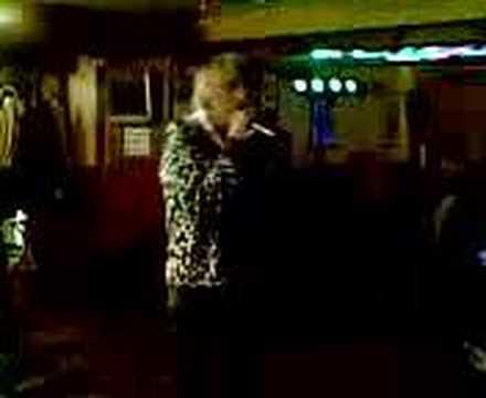 Dioxide on the karaoke