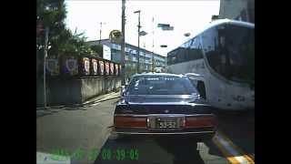 杉並区久我山にて『大型観光バスがコッチへ来ちゃった』 thumbnail