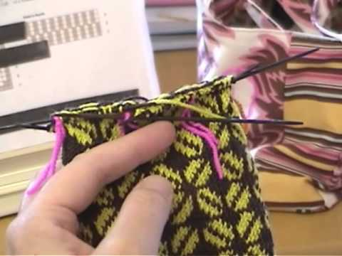 Two Color Knitting on DPNs - YouTube