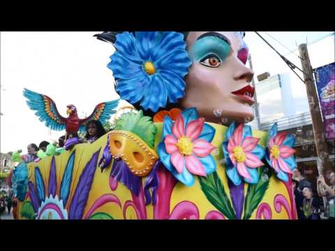 Six Flags Fiesta Texas - Mardi Gras Parade - New for 2017