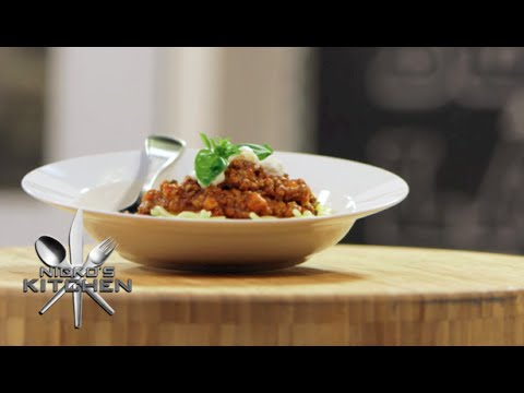 Spaghetti Bolognese - Video Recipe