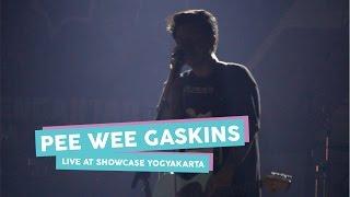 Gambar cover [HD] Pee Wee Gaskins - Sebuah Rahasia (Live at SHOWCASE Yogyakarta, April 2017)