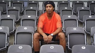 Ronaldinho vs freekickerz – Ultimate Crossbar Challenge