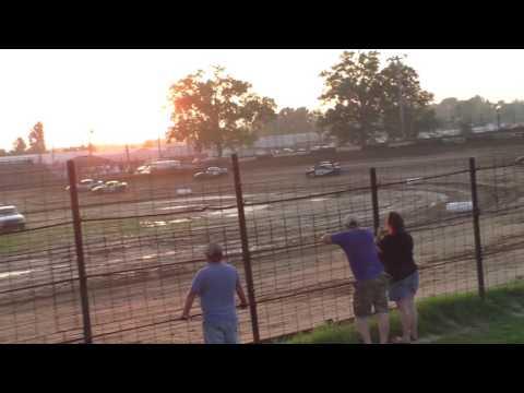 072316 Fayette County Speedway Pro 4 Heat 1