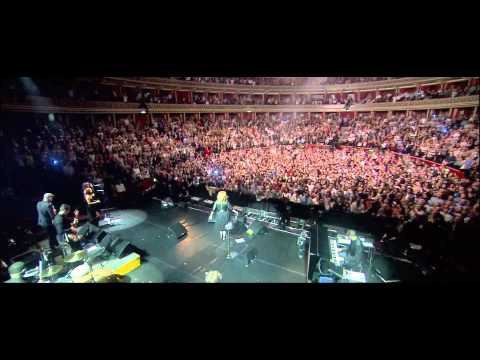 Adele - Rolling in the deep (Live Royal Albert Hall)