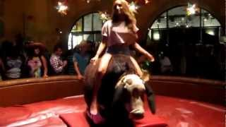 This is how a mechanical bull should be ridden!