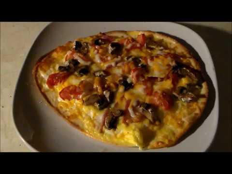 Egg Omelette Flatbread Breakfast Pizza How To Recipe