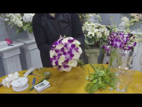 how-to-make-a-hand-tied-bridal-bouquet-with-roses-and-dendrobium-orchids