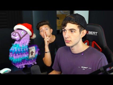 I snuck into LANDON's House and GIFTED YouTubers! (He had 1 million vbucks)