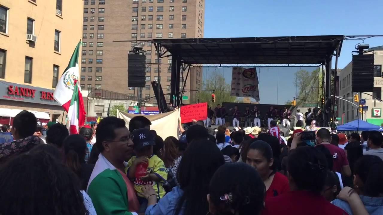 Celebración del 5 de mayo en New York - YouTube