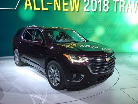 2018 Chevy Traverse Redline First Look 2017 NAIAS