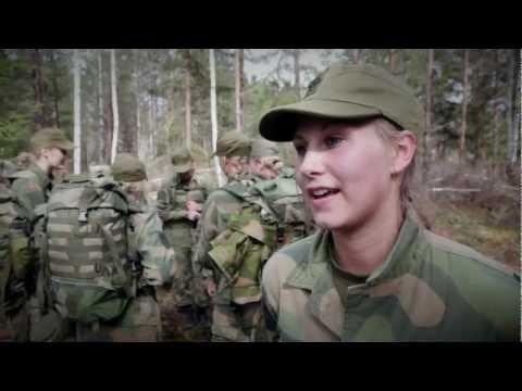 Norwegian Military Girls Camp (Forsvarets Kvinnecamp) 2012 (English Subtitles)