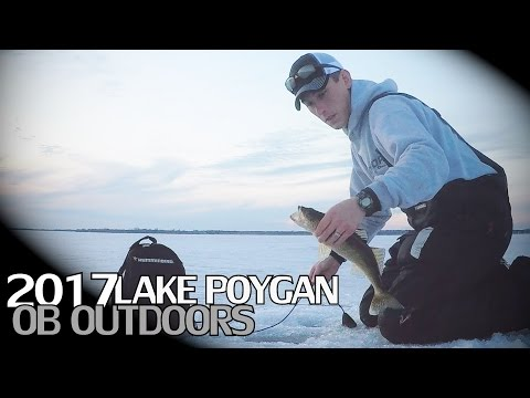 Lake Poygan Late Ice Walleye / White Bass Fishing 2017