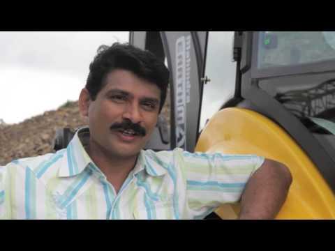 Construction & Earth Moving Equipment - Backhoe Loader India | Mahindra EarthMaster