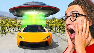 I TRIED TO ESCAPE AN ALIEN INVASION in GTA 5!