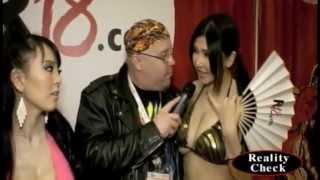 Anri Okita & Hetomi Tanaka at AVN 1/23/15
