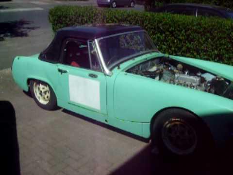 Full midget Car