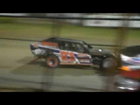 Modified Amain @ Marshalltown Speedway 06/06/17
