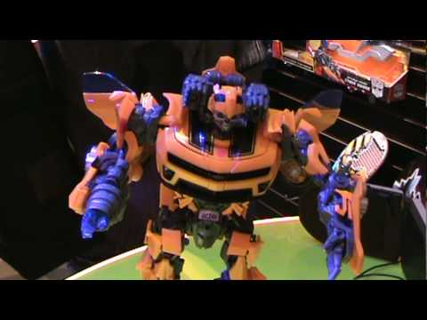 Transformers ROTF Battle Ops Bumblebee - Toy Fair 2010