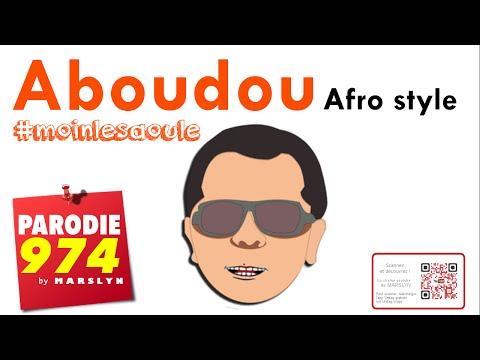 CET FEMME COUCHE AVEC UN HOMME DEVANT SON MEC ! PRANKde YouTube · Durée:  2 minutes 32 secondes