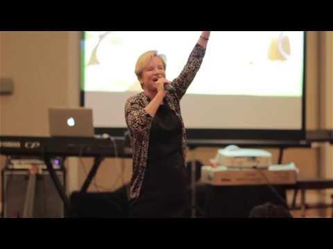 "CLOSER 2013 - Heidi Baker: ""Your Identity in God"""