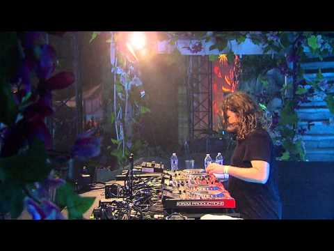 TomorrowWorld 2014 | Tommy Trash