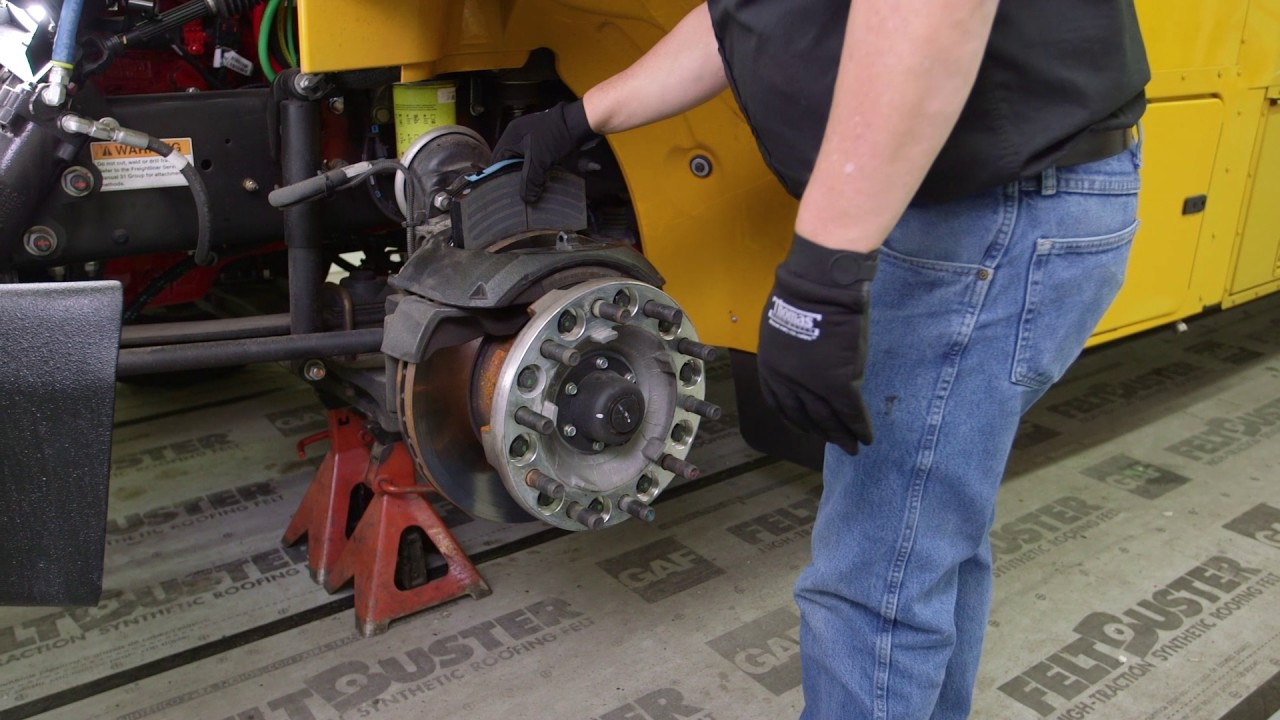 service repair air disc brake pad replacement thomas built buses [ 1280 x 720 Pixel ]