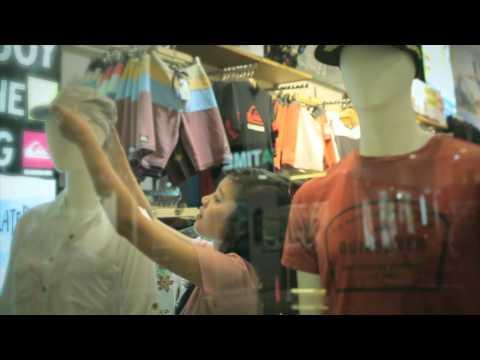 Wonderful Indonesia : Shopping
