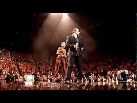 Kylie Minogue, Bono /U2/ - Kids /live/, Showgirl Homecoming Tour, Sydney, 12.11.2006