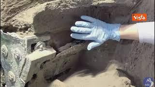 Pompei restituisce un carro da parata integro: le immagini degli scavi di Civita Giuliana