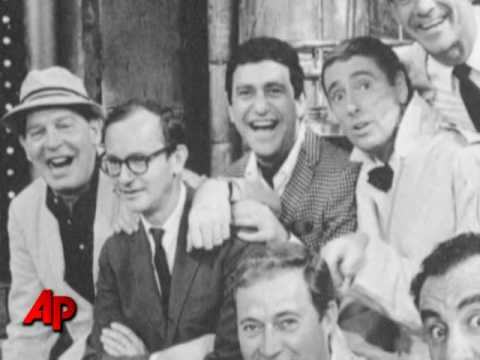 Pie-splattered Comedian Soupy Sales Dies at 83