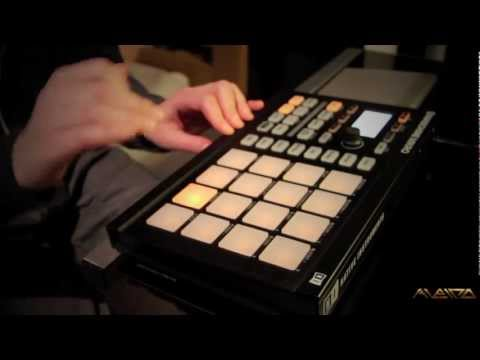 Making a Beat From Scratch • Maschine Mikro