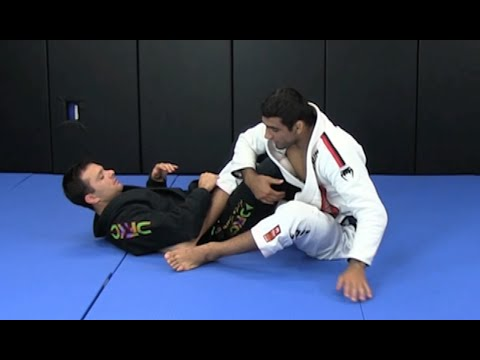BJJ World Champion Leandro Lo: How to Pass 50/50 guard