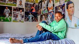 O Dia que Cristiano Ronaldo MUDOU A VIDA de Mbappé!