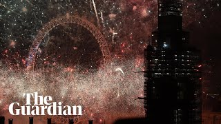 London& 39 s Big Ben rings in the new year and fireworks light up the sky